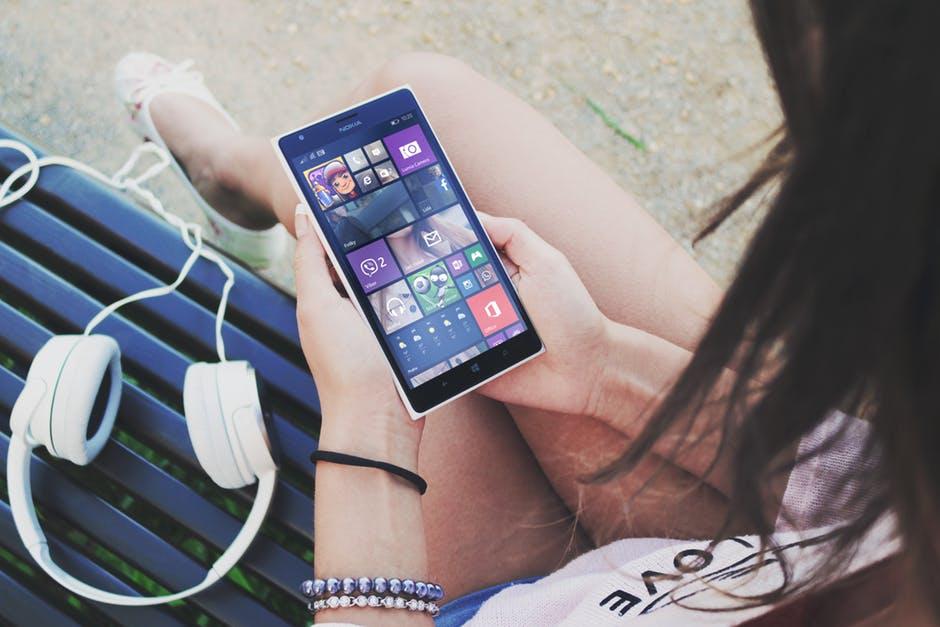 Aplicativos para sorrir: 5 apps para você se inspirar