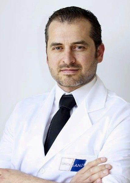 Dr. Xavier Álvarez