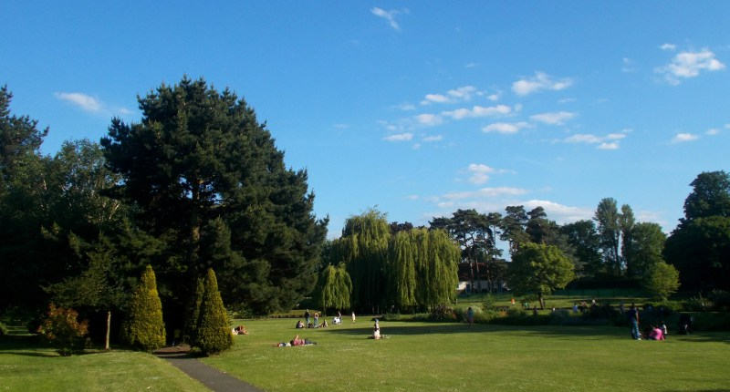 Beddington Park Barbecues in London Clink Hostels