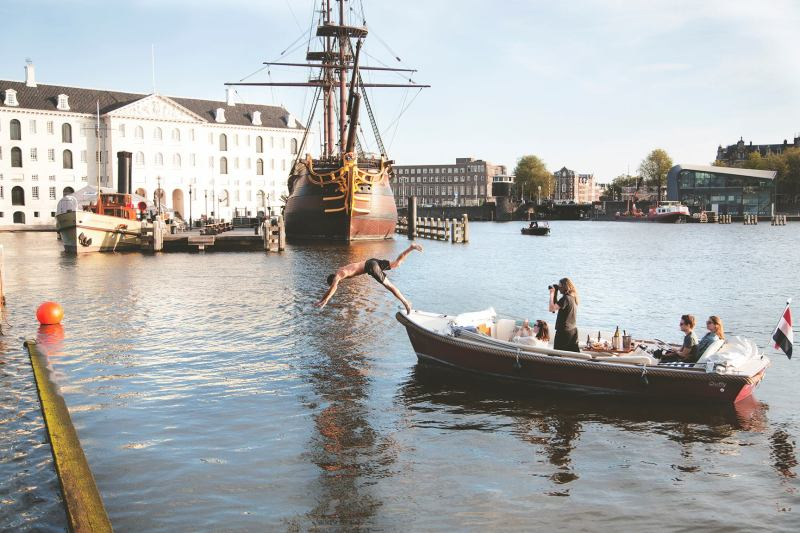 Pure Boats Boat Trips in Amsterdam  10 Ridiculously Fun Things To Do With Your Friends In Amsterdam  Clink Hostels