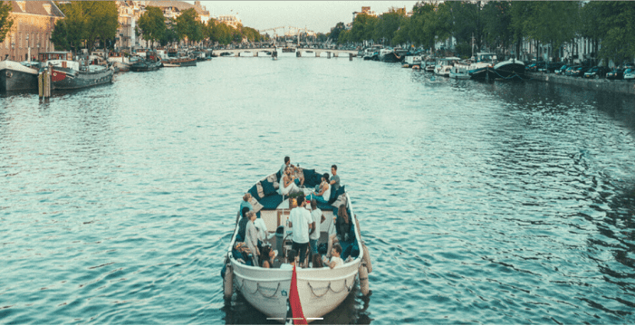 Clink Hostels Friendship Amsterdam Boats