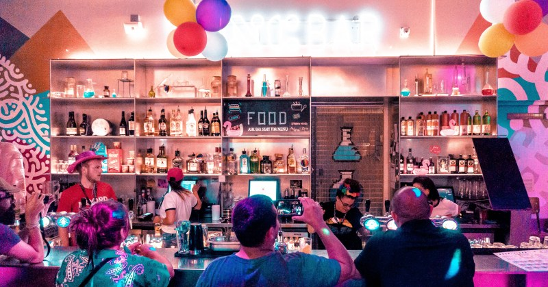 Amsterdam Bars What To Do In Amsterdam On New Years Eve Clink Hostels