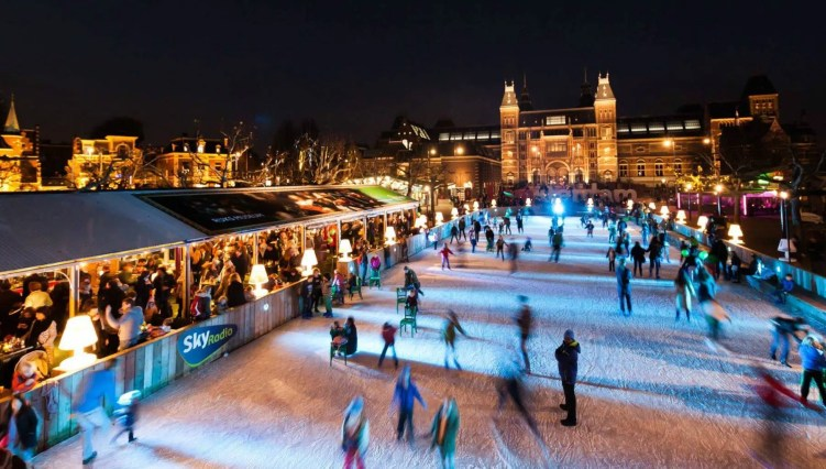 Amsterdam Ice rinks Clink Hostels