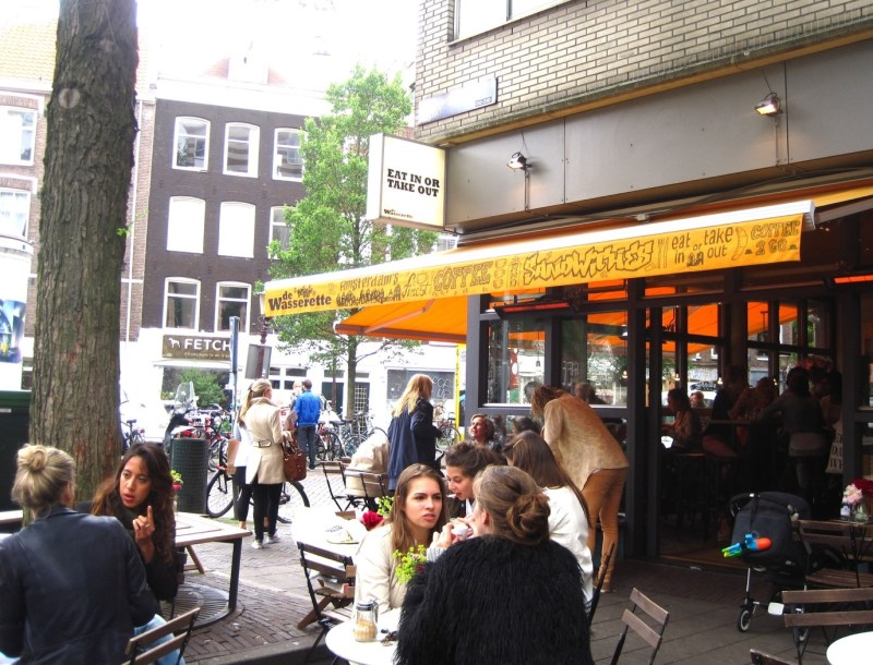 De Wasserette Restaurant | Eat Like a Local in Amsterdam | Clink Hostels