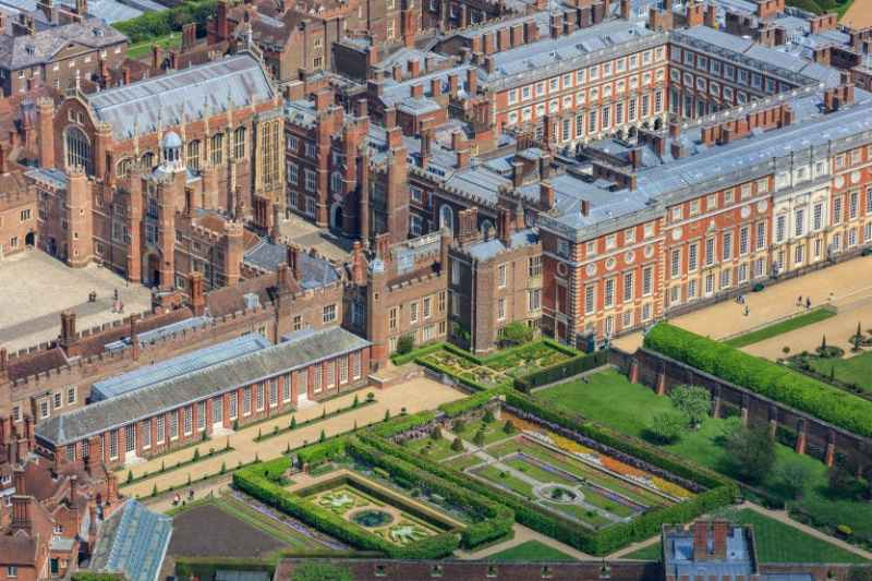 Hampton Courts Palace Day Trips from London Clink Hostels