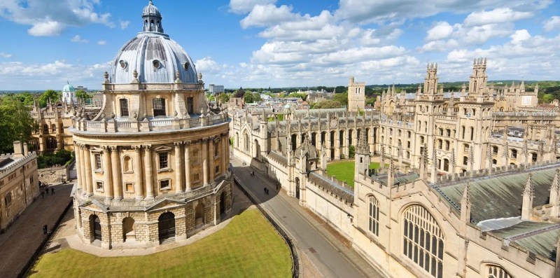 Oxford Day Trips from London Clink Hostles