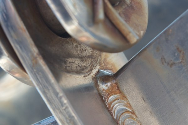 forestay-chainplate-crevice-corrosion