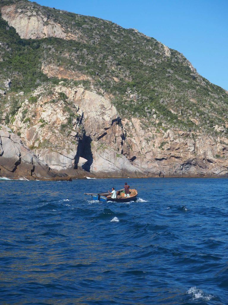 Tour en bateau Arraial do Cabo, des pecheurs