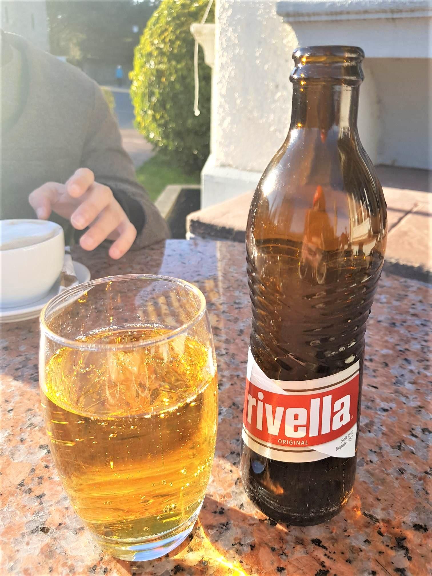 rivella-boisson-suisse-différence-france-suisse-clioandco-blog-voyage