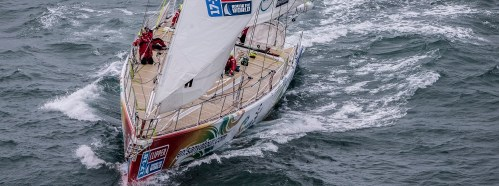 small resolution of clipper 2017 18 race yacht sanya serenity coast in second place