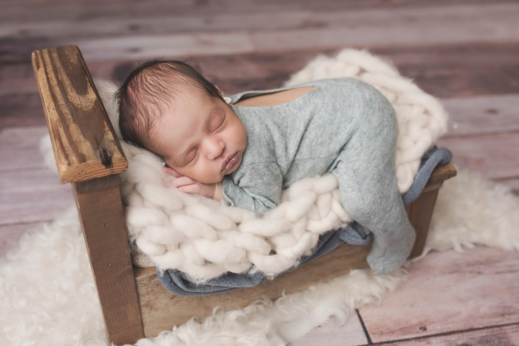 Dallas Newborn Photo Shoot, Newborn Photographer, CLJ Photography, The Babymoon Photographer