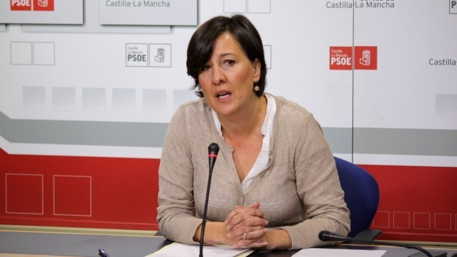 PSOE denuncia que Cospedal se ha cargado el 95 de las becas de comedor
