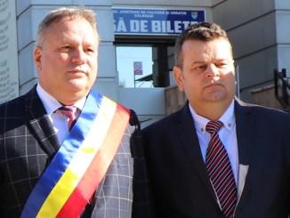 Vasile Iliuță, președintele Consiliului Județean Călărași și Nicușor Cionoiu, senator PSD de Călărași. FOTO Adrian Boioglu