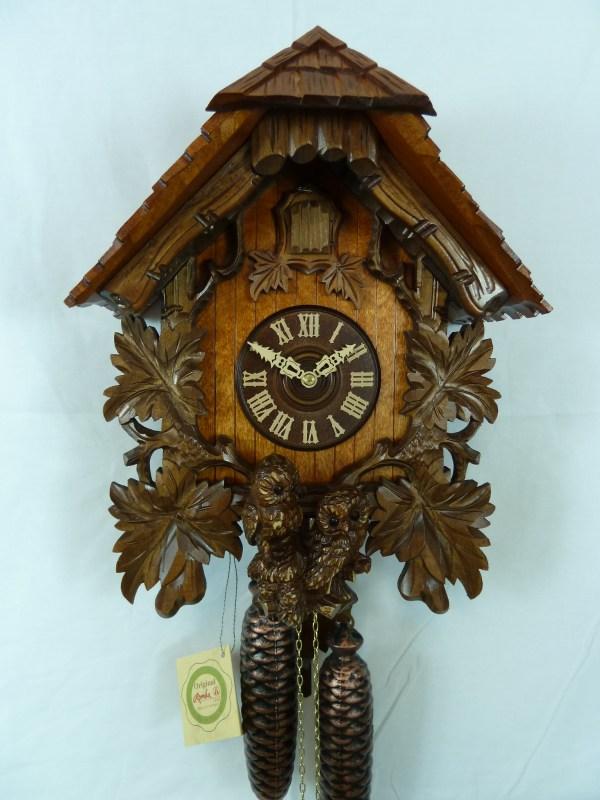 Hooting Owl Cuckoo Clock