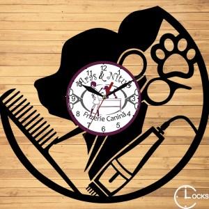 Ceas de perete din lemn negru frizerie canina clocksdesign