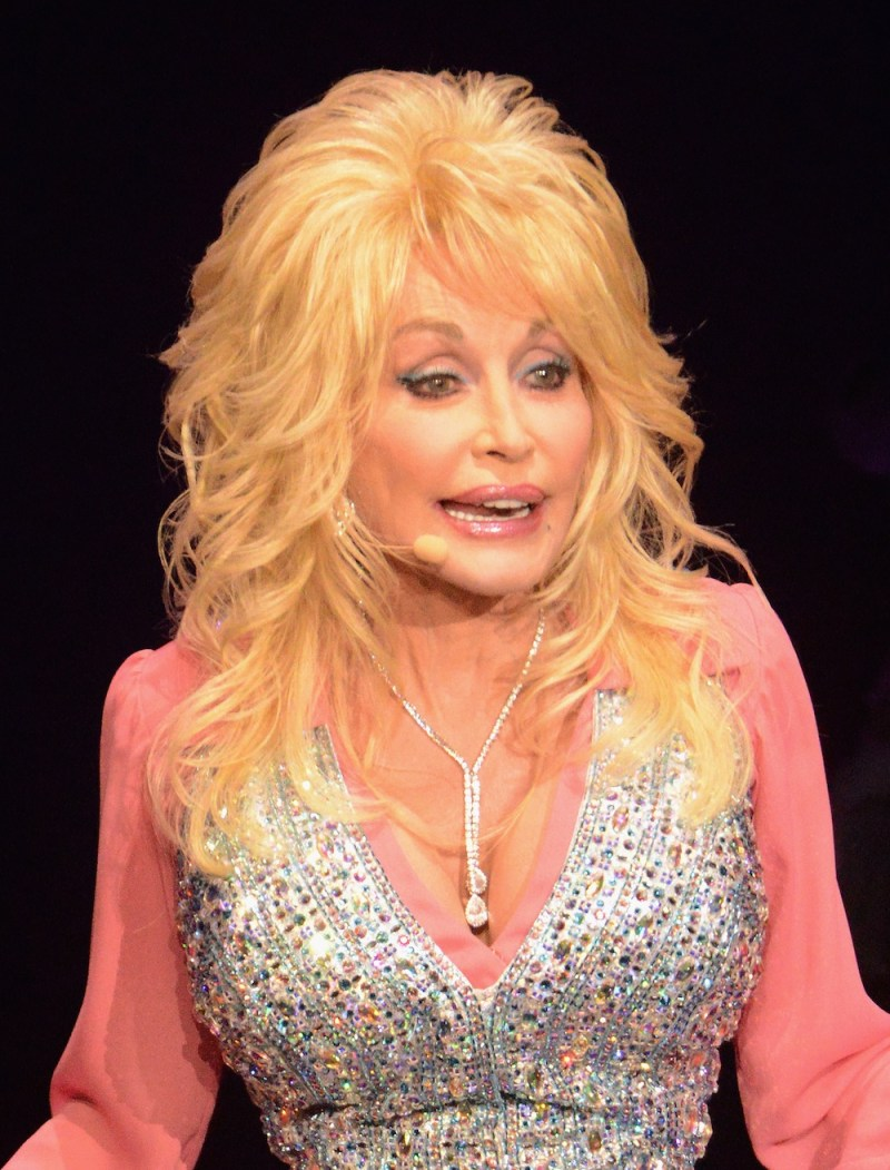 Dolly Parton Claims To Look Like