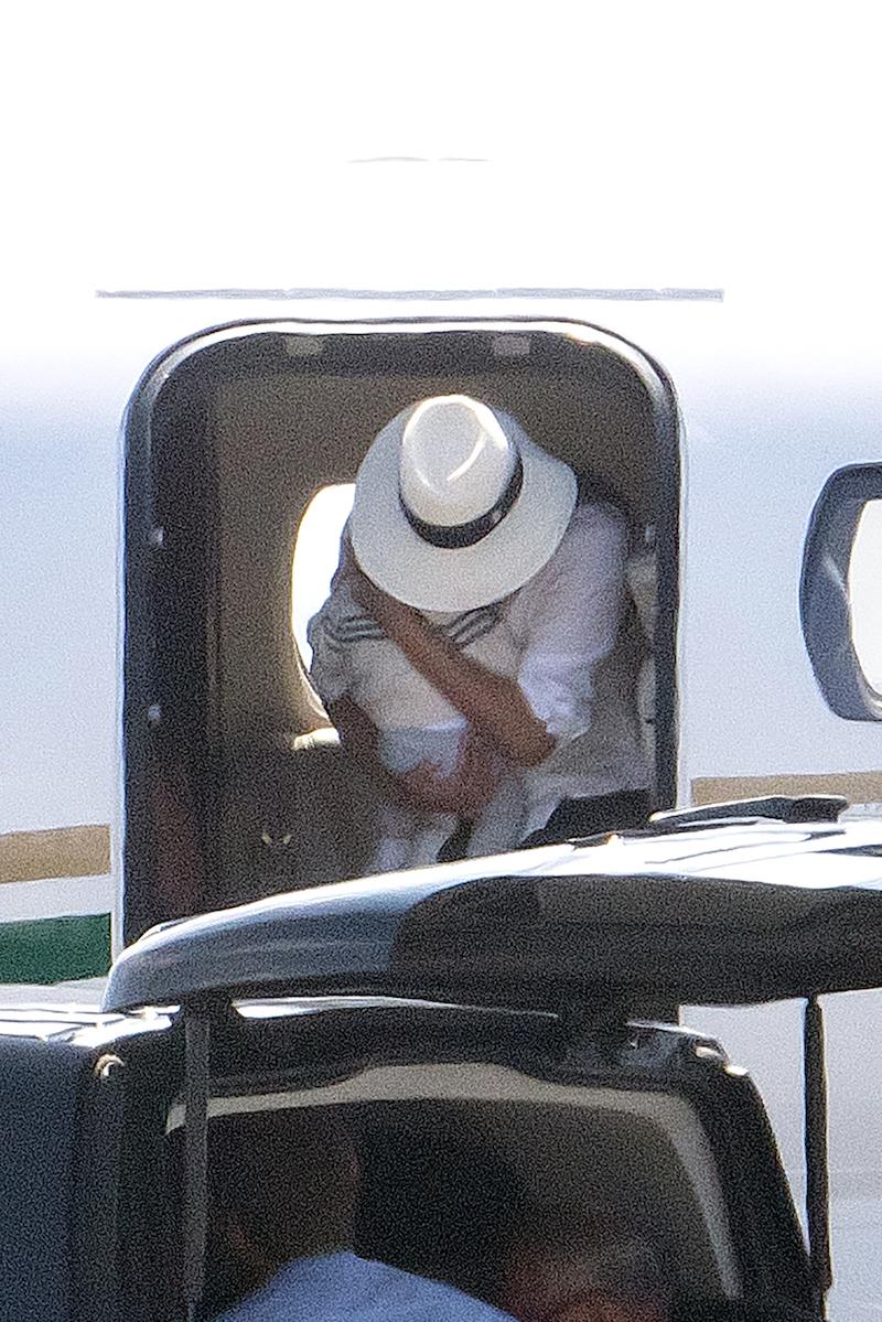 Elton John Defends Prince Harry. Meghan Markle for Private Jet Use
