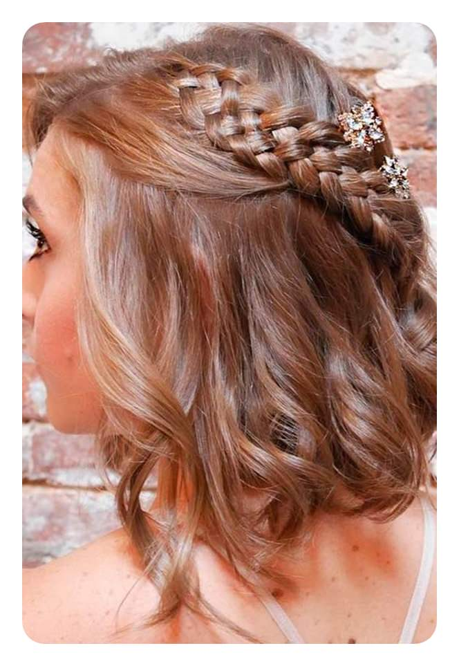 102 Fun And Elegant Graduation Hairstyles That You Will Love
