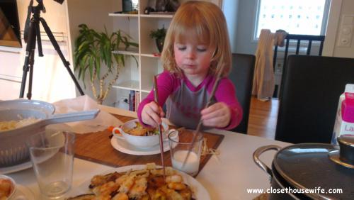 Silja eats Japanese
