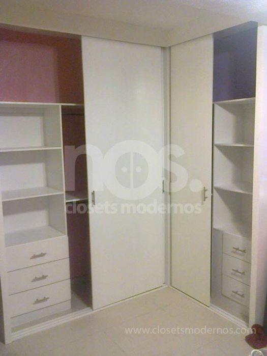 Closet en escuadra 6 nos closets modernos for Closets estado de mexico