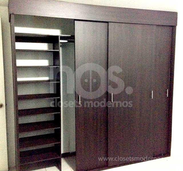 Closet corredizo 9 nos closets modernos for Closets modernos para parejas