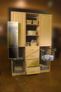 Sidelines Pull Out Mirror Closet Organizer Accessories