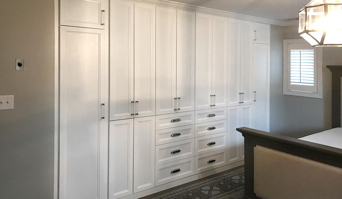 Built In Wardrobe For Beautiful Bedroom Storage