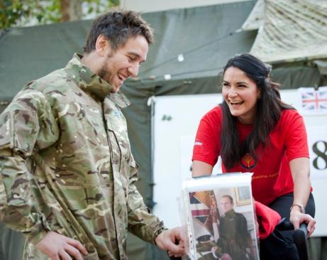 Ryan Jones Grand Slam Champion helps the Welsh Guards Afghanistan Appeal