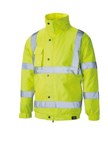 9dc551f4d5 5 Hi-Vis Essentials For This Winter - Clothes2Order Printing and ...