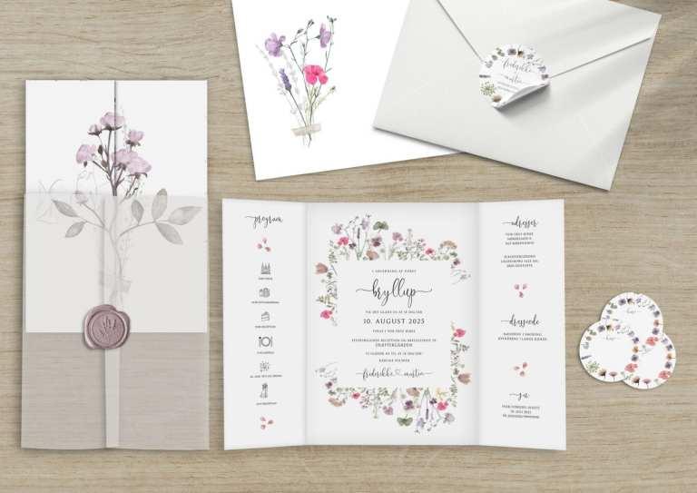 pressed flowers bryllupsinvitation
