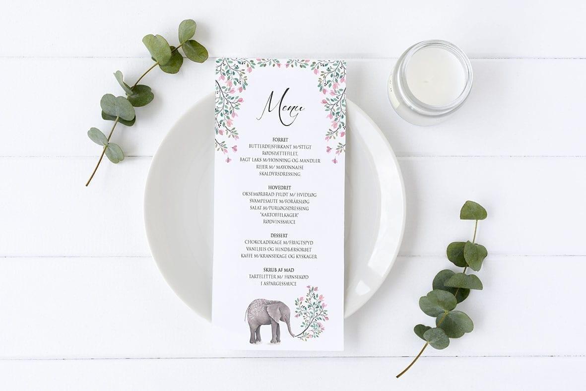 menukort med elefant og lyserøde blomster barnedåb