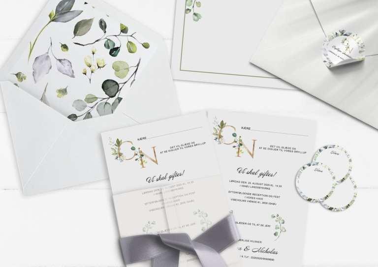 invitation greenery fame A5 grønne blade guld bogstaver