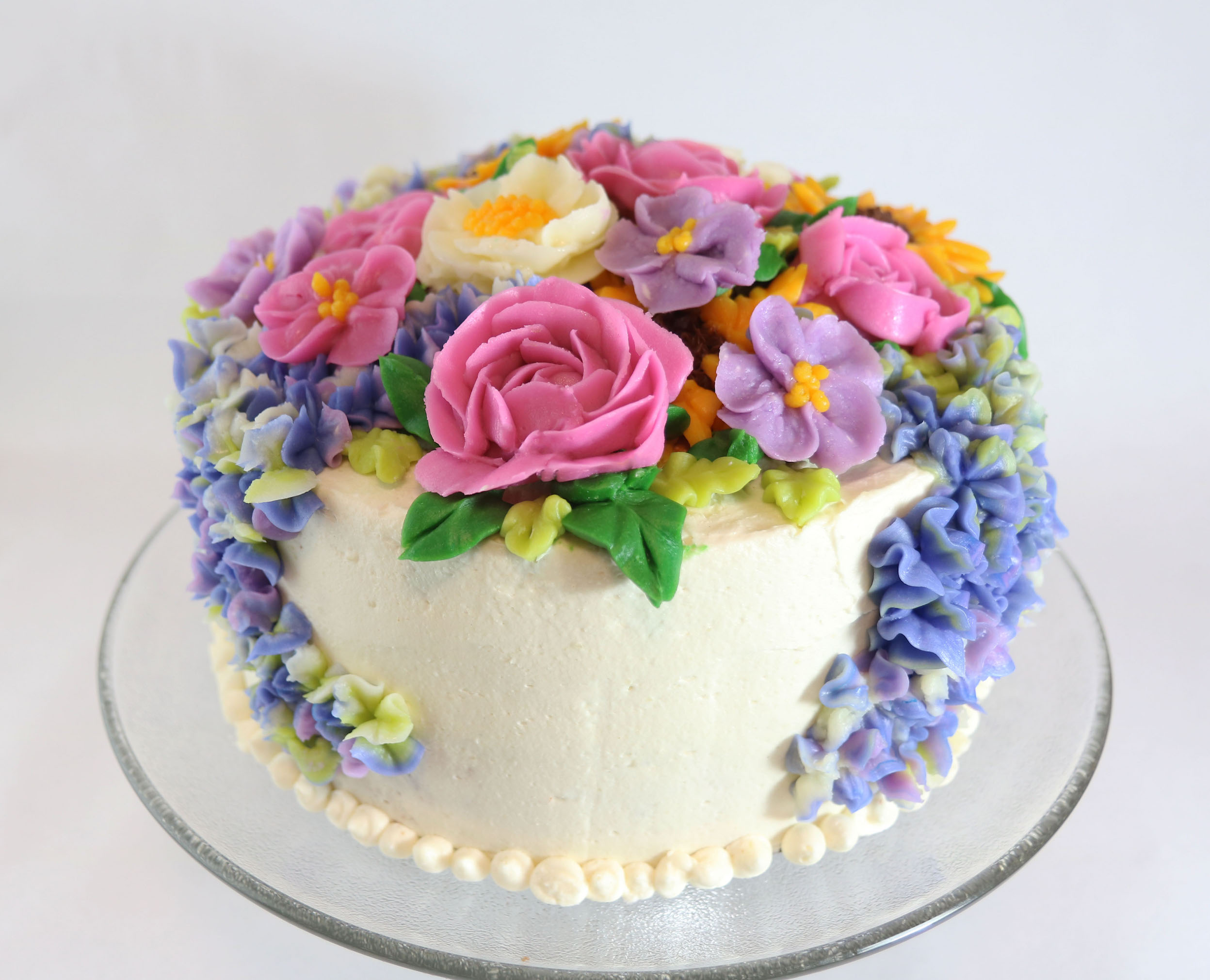 How To Make Cream Flowers On Cake