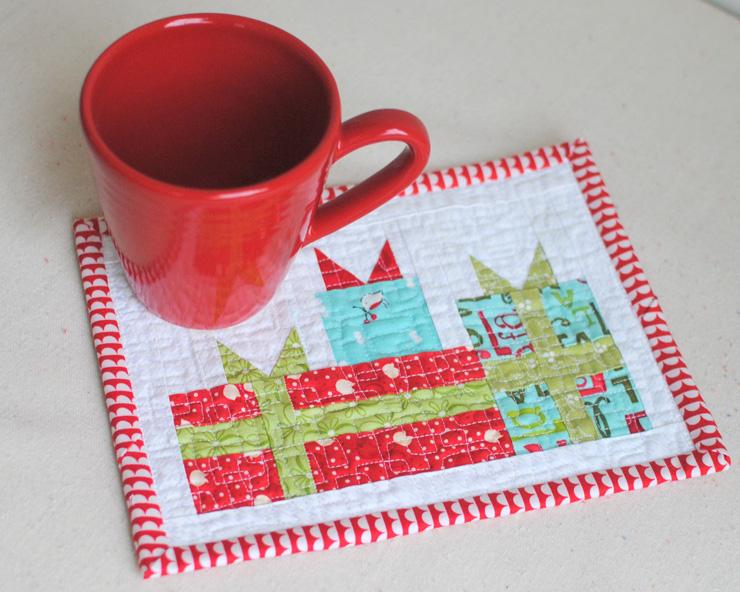 mini-merry-gift-boxes-with-mug