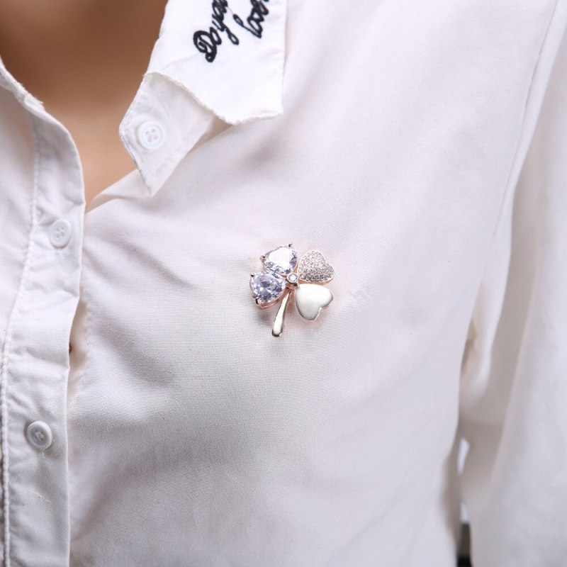 Lovely Peach Heart Lady's Brooches High Quality Four Leaf Clover Broches CLOVER JEWELLERY