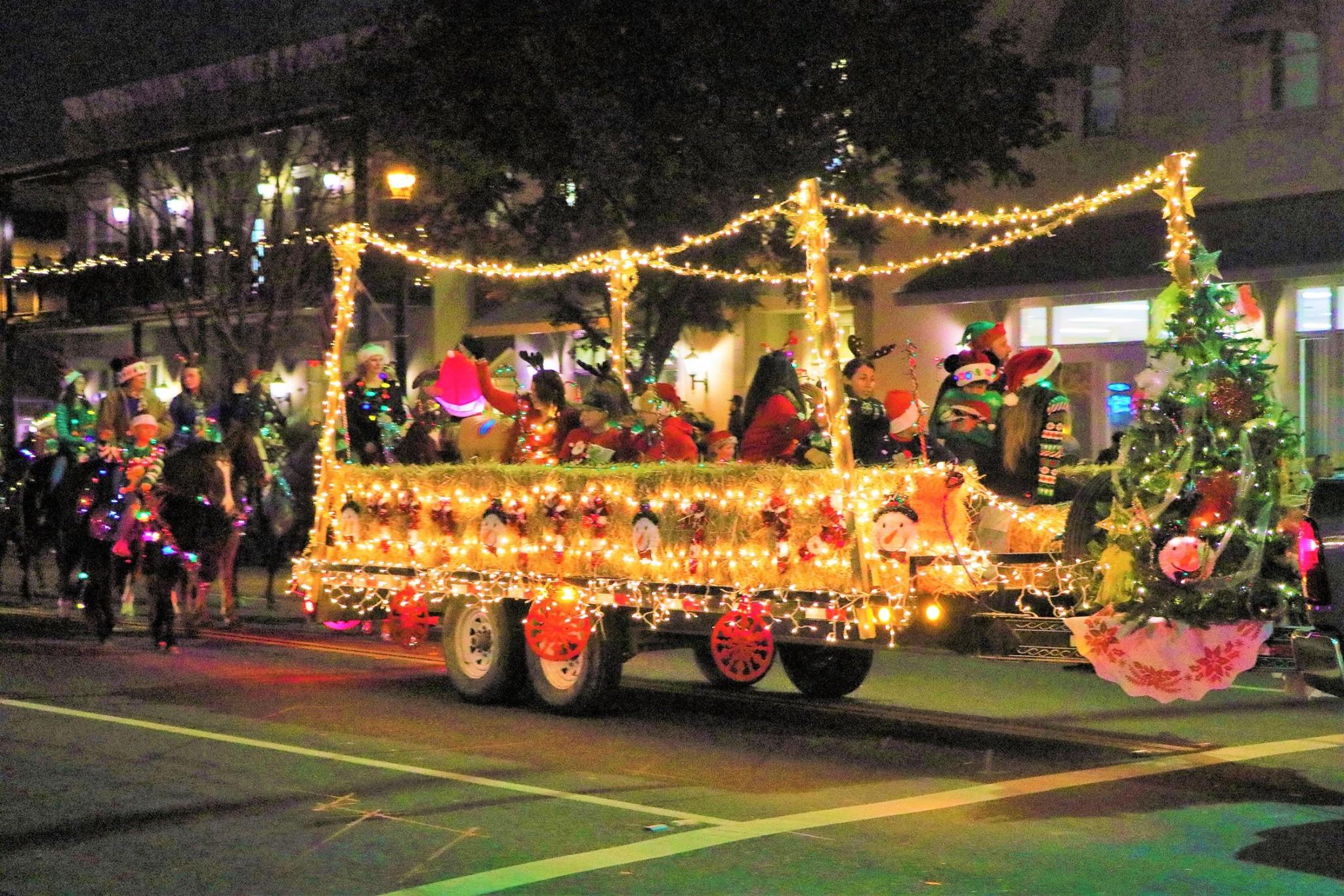 Christmas Parade In Clovis 2020 Clovis Children's Electric Christmas Parade: A Celebration of