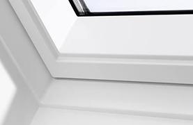 fereastra velux premium cu operare de jos gpl