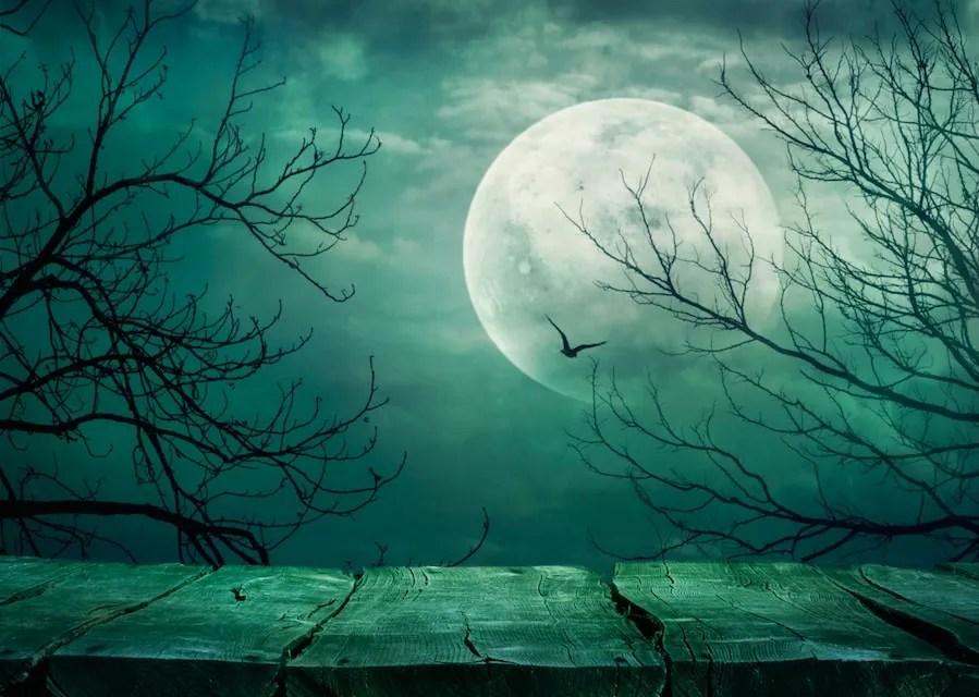 Halloween Dark Pit or Escape