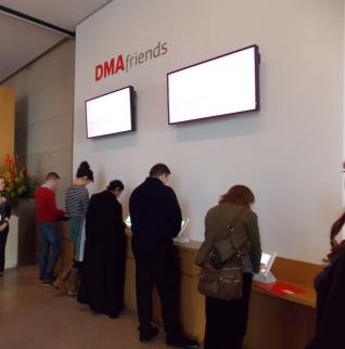 dma friends Kiosks 2