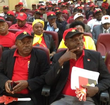 Carta aberta aos militantes do MPLA - Elias Cinco Reis