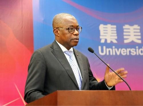 Grupo China Hyway forma 32 angolanos em Xiamen