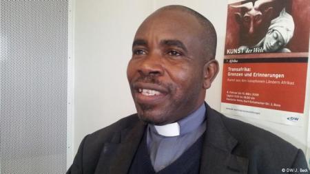 Padre Jacinto Wacussanga apresenta proposta ao PR sobre seca no sul de Angola