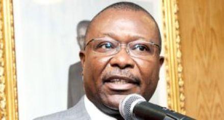 Ex-ministro das Obras Públicas notificado pelo SIC