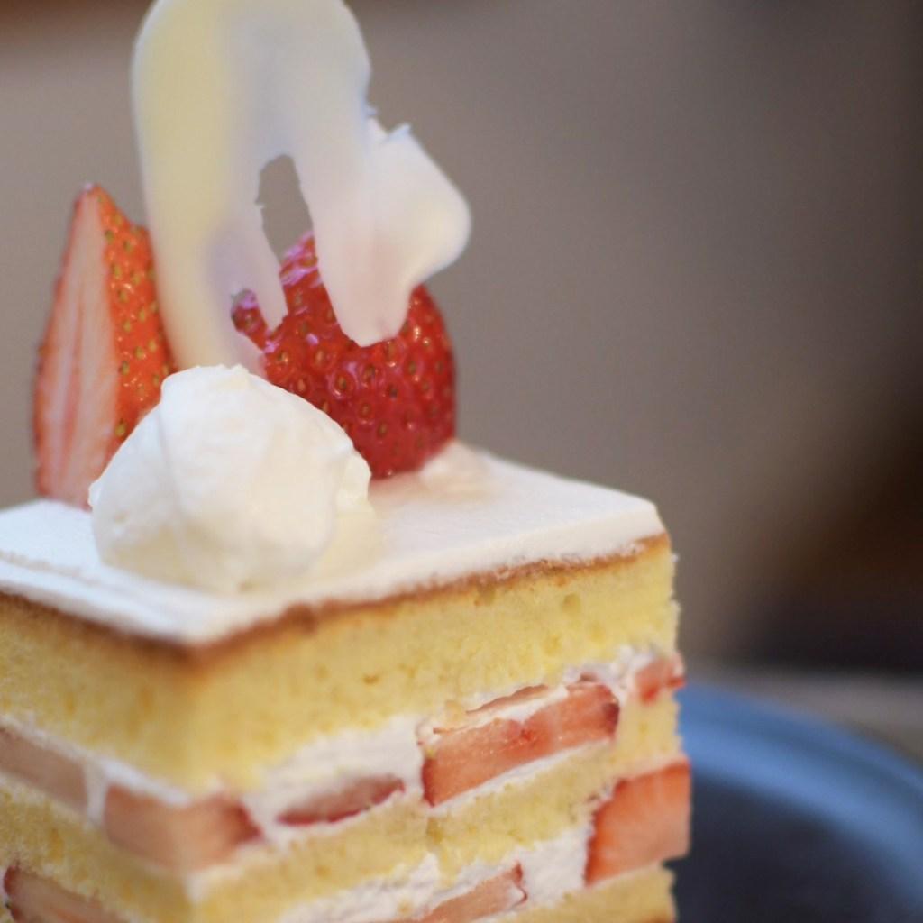 ショートケーキ 手作り 母の日 お誕生日 ホールケーキ イチゴ ケーキ お菓子作り おうち時間