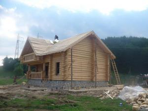 Casa ecologica din lemn rotund DORALNIC GRUP  SC DORALNIC GRUP SRL