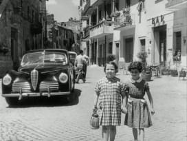 Cinque poveri in automobile (1952) - Alfa 6C 2500 Sport