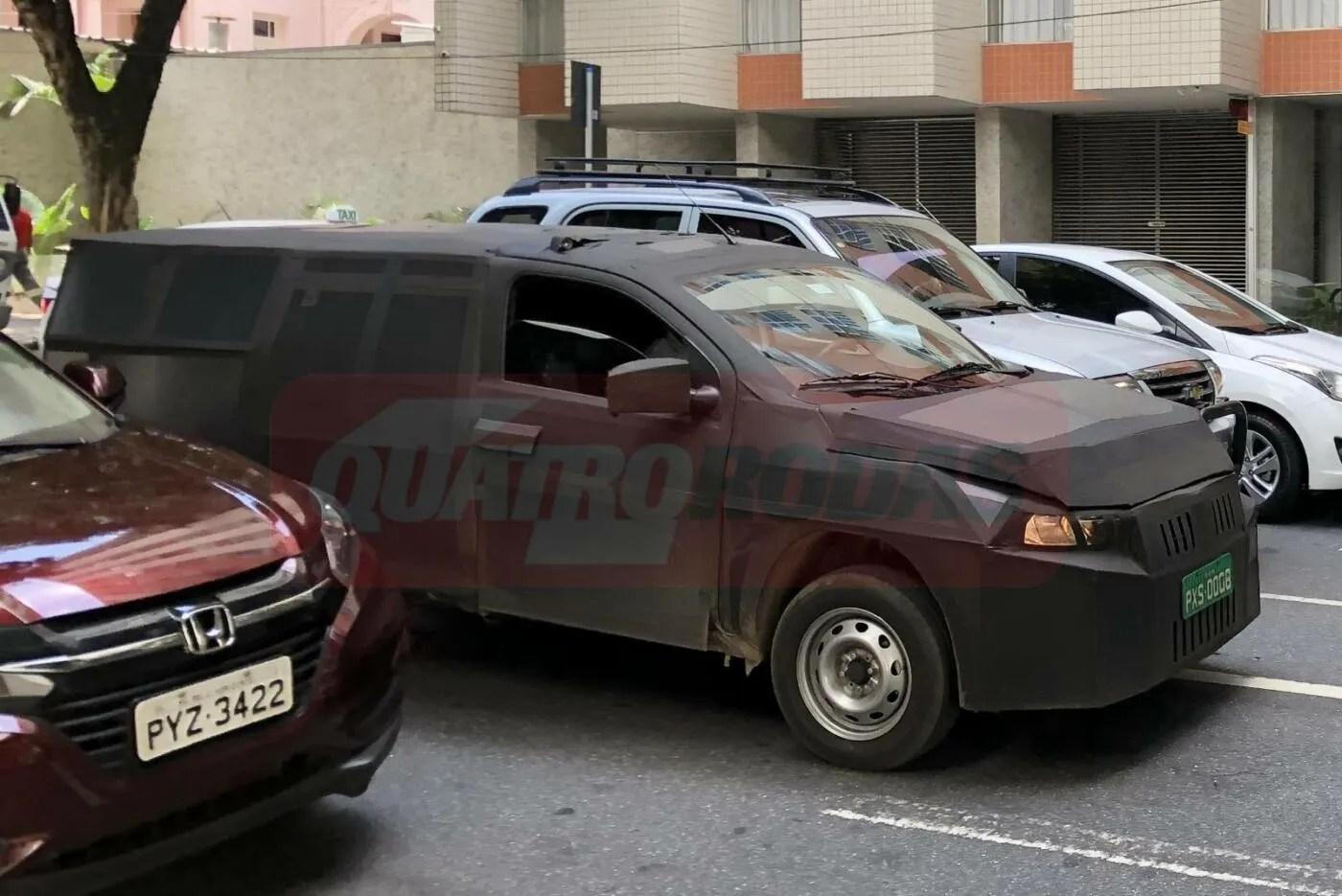 Fiat Mobi Pick Up nuove foto spia dal Brasile