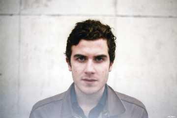 Nicolas Jaar omogućio besplatno preuzimanje albuma 'Pomegranates'