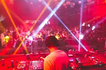 Domaći di-džejevi opravdali očekivanja na trećoj po redu China Town žurci