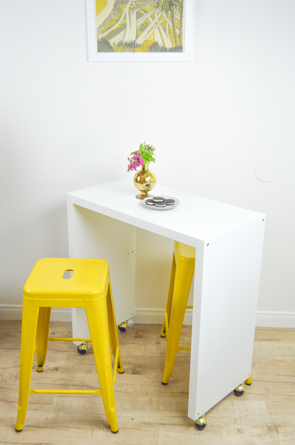 IKEA Hack: Rolling Kitchen Island or Bar | www.clubcrafted.com